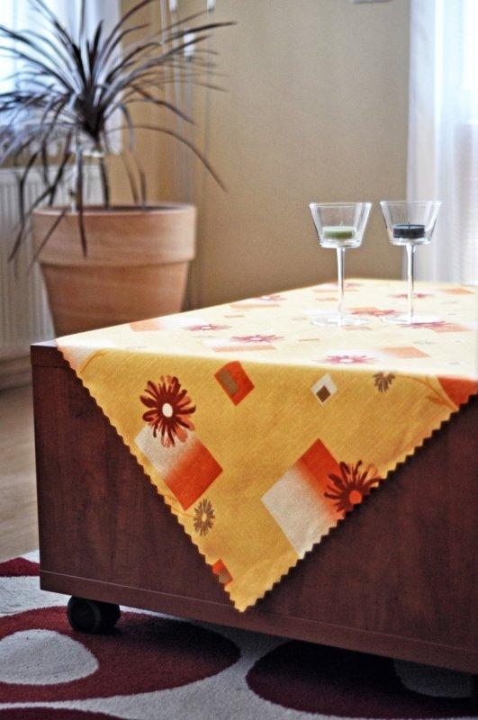 Irisette Ubrus teflon tisk 5634-1 40x40 Červená 100% polyester Žlutá květiny